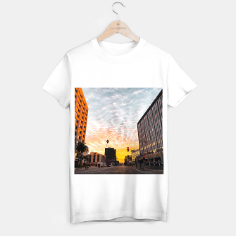 Miniatur city sunrise at Encino, Los Angeles, USA T-shirt regular, Live Heroes