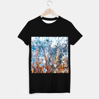 Thumbnail image of blooming dry wildflowers with dry grass field background T-shirt regular, Live Heroes