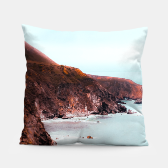 Miniaturka Mountains with ocean view at Big Sur, Highway 1, California, USA Pillow, Live Heroes