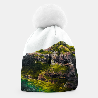 Miniatur green tropical mountains at Kauai, Hawaii, USA Beanie, Live Heroes