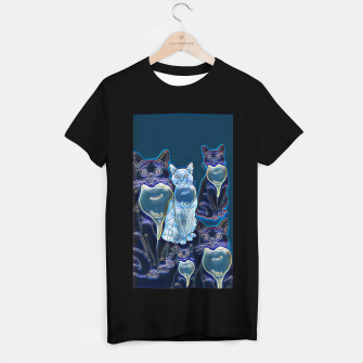 Thumbnail image of Cats in black , Live Heroes