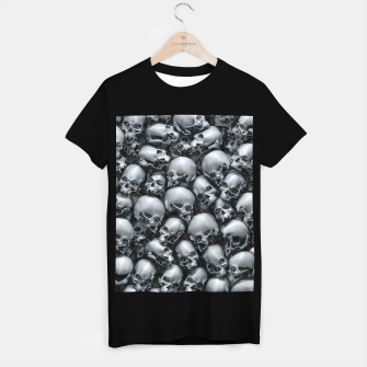 Thumbnail image of Totally Gothic Abstract Skulls Horror Pattern Chrome T-shirt regular, Live Heroes
