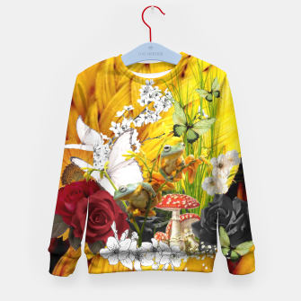 Thumbnail image of Yellow knitted fairytale , Live Heroes