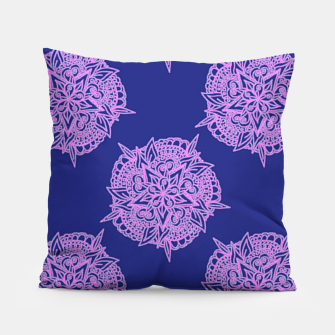 Miniatur Pink floral on blue Pillow, Live Heroes
