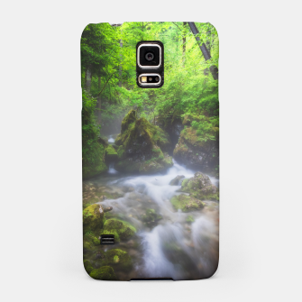 Miniaturka River flowing through enchanted green forest Samsung Case, Live Heroes