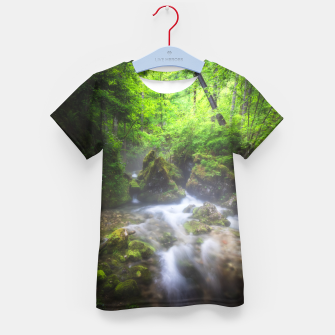 Miniaturka River flowing through enchanted green forest Kid's t-shirt, Live Heroes