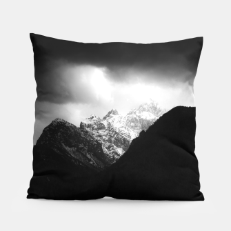 Miniaturka Storm clouds and sun over mountains Pillow, Live Heroes